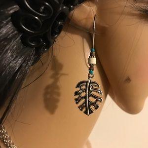 NWT Turquoise Vintage Leaf Drop Dangle Earrings